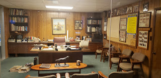 A photograph of Sam Walton's office.