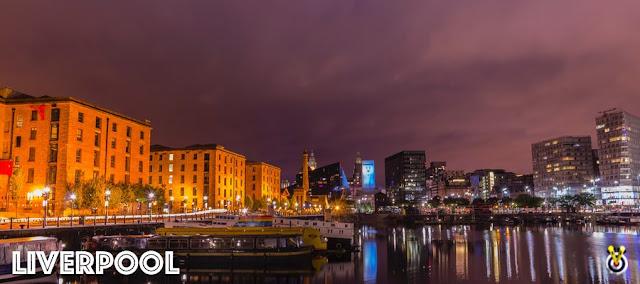 Liverpool dock at night