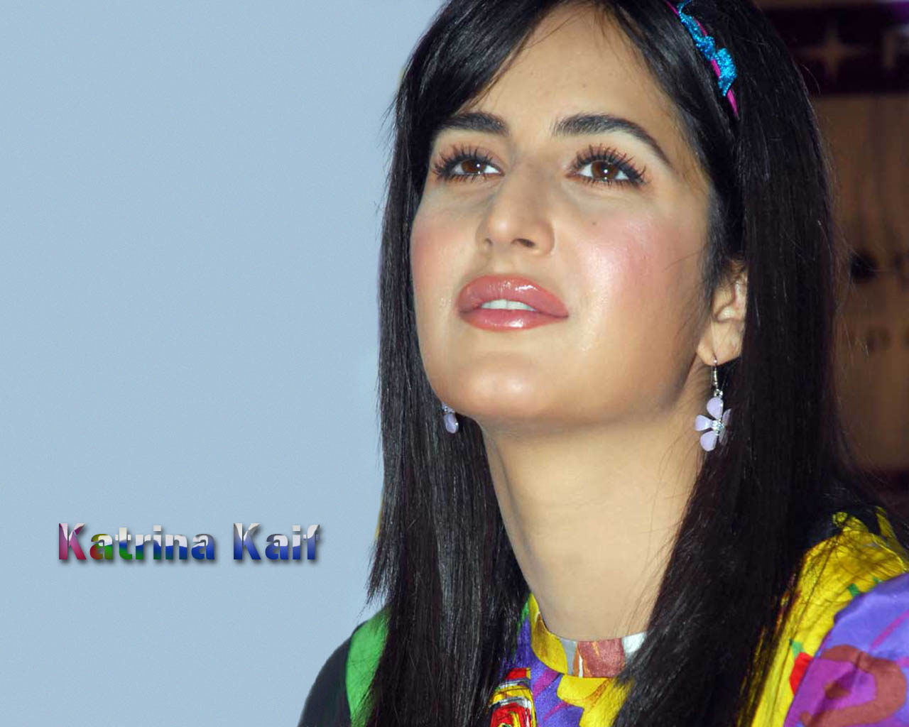 Katrina Kaif Latest Wallpapers, Katrina Kaif Cute Images -5317