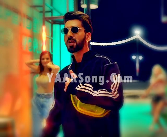Sorry Song Neha Kakkar ft Maninder Buttar (Phone Ta Chak La Mera Main SORRY kehni aa