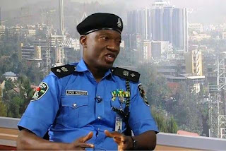 News: Nigeria Police to jail anyone making phone calls at filling station
