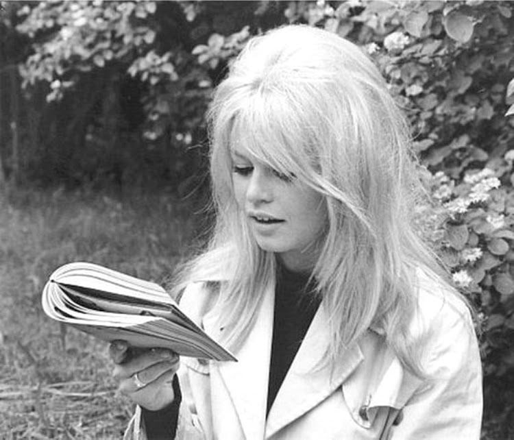 A Vintage Nerd Vintage Blog Celebrity Readers Old Hollywood Stars Classic Film Blog Bridget Bardot