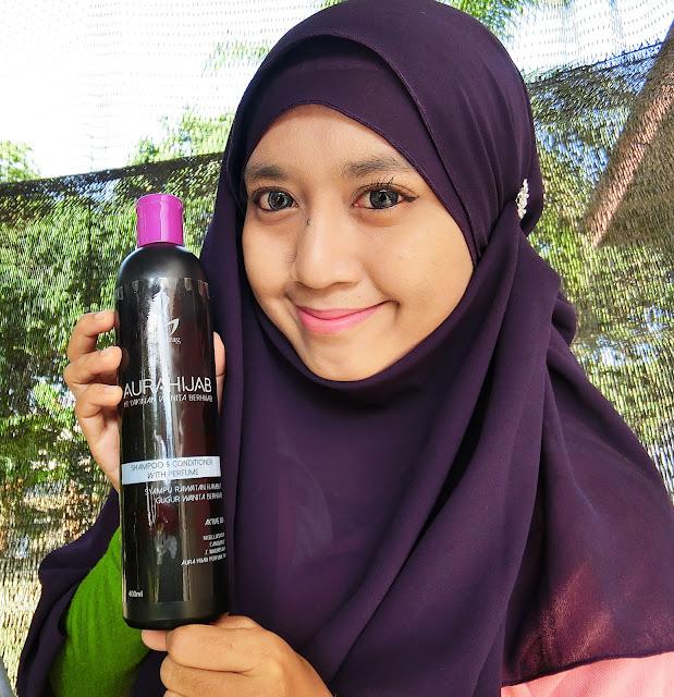 Atasi Rambut Gugur Dengan Syampu Aura Hijab