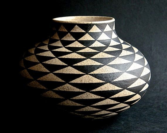 https://www.etsy.com/listing/213304029/round-vase-with-triangular-pattern?ref=favs_view_9