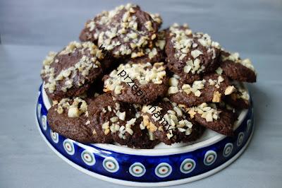 Ciasteczka czekoladowe z migdałami