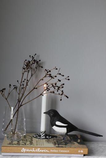 annelies design, webbutik, nätbutik, inredning, dekoration, fågel, fåglar, handsnidad, handsnidade, skata, skator, bengt, hantverk,