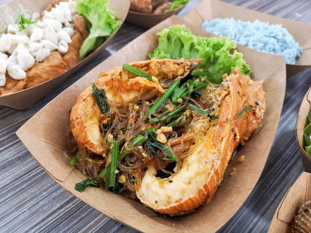 House Special Vermicelli Claypot with Crayfish