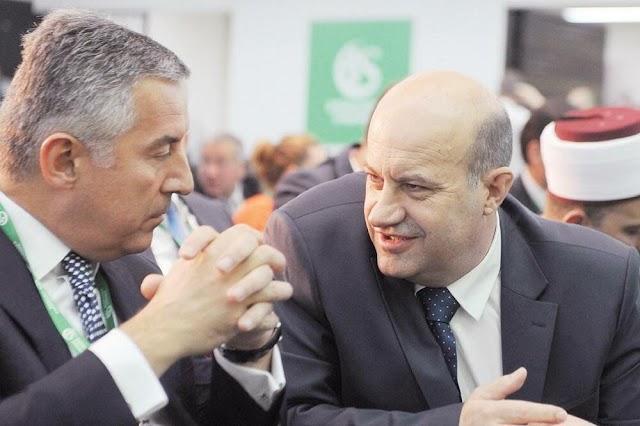Đukanović posthumno odlikovao rahmetli Rafeta Husovića