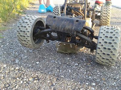 michael 39 s rc blog crash mit dem xtc racing buggy. Black Bedroom Furniture Sets. Home Design Ideas