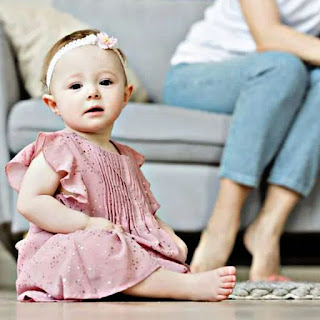 cute baby girl images with sweet smile and beautiful