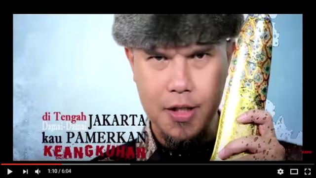 Berjudul Sajak Sang Penista Ini Video Klip Lagu Ahmad Dhani yang penuh kontroversi