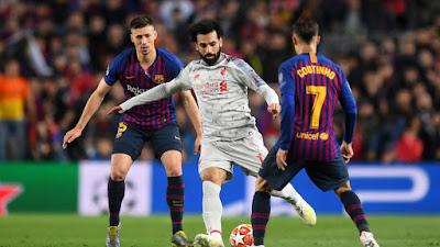 """مثل هذا اليوم.. شاهد برشلونة يضرب ليفربول بثلاثية قبل صدمة """"آنفيلد"""""""