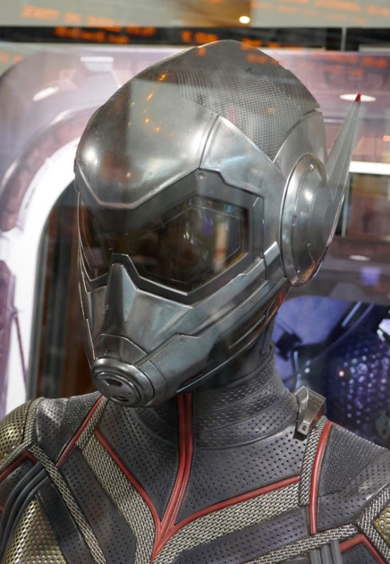 Evangeline Lilly Wasp helmet