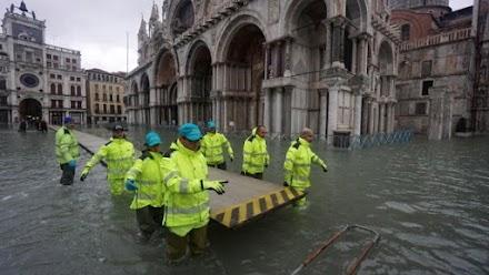 Ιταλία: Σφοδρές βροχοπτώσεις, η Βενετία ξανά κάτω από το νερό
