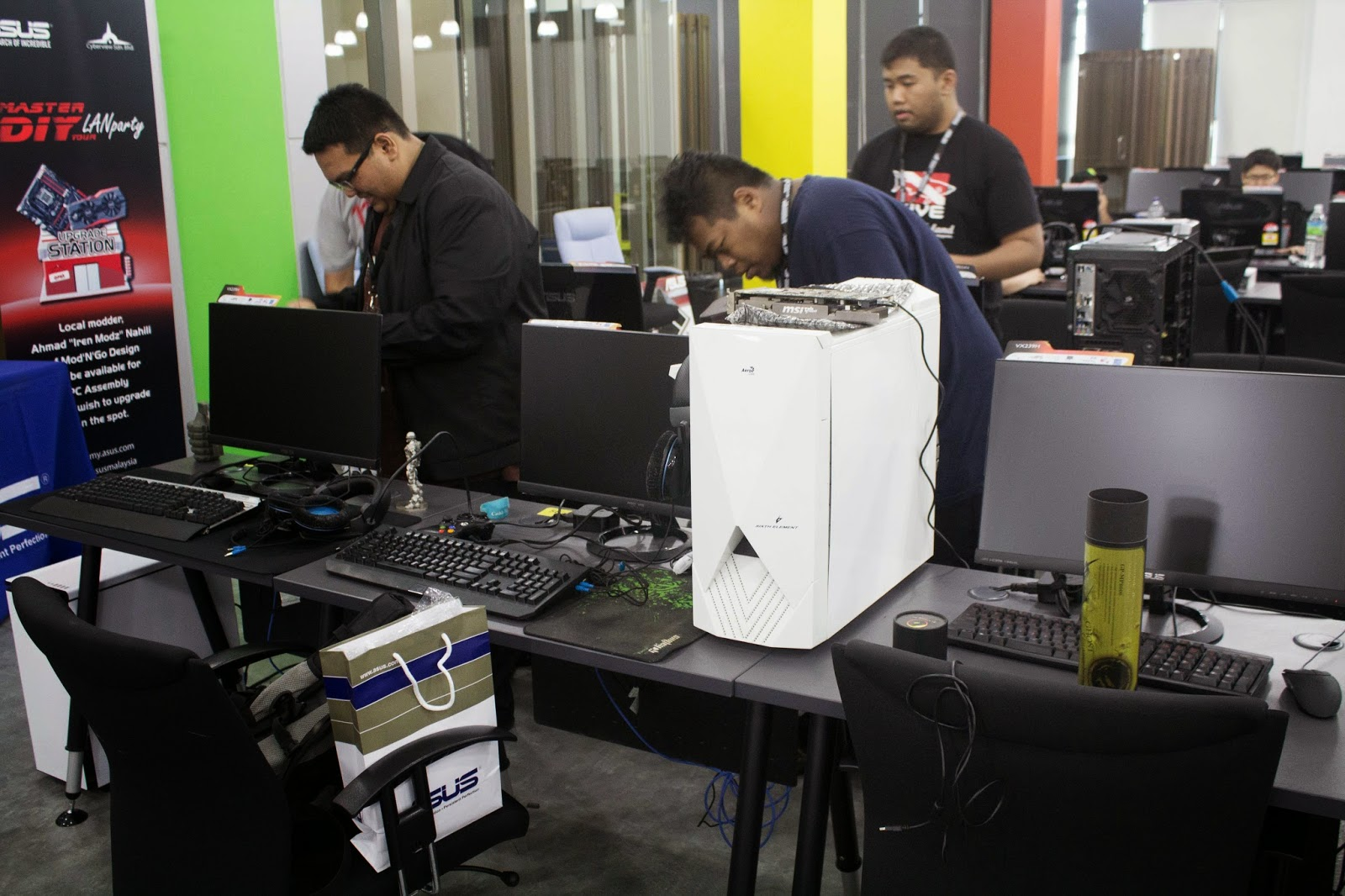Coverage for ASUS LAN Party: DAY 1 16