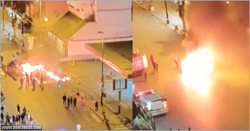 Vehículo se incendió en Parque Central saliendo de la bomba con gasolina iraní
