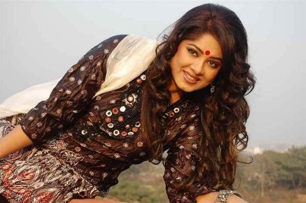 Actress Mousumi Best Photos & Short Biography 15