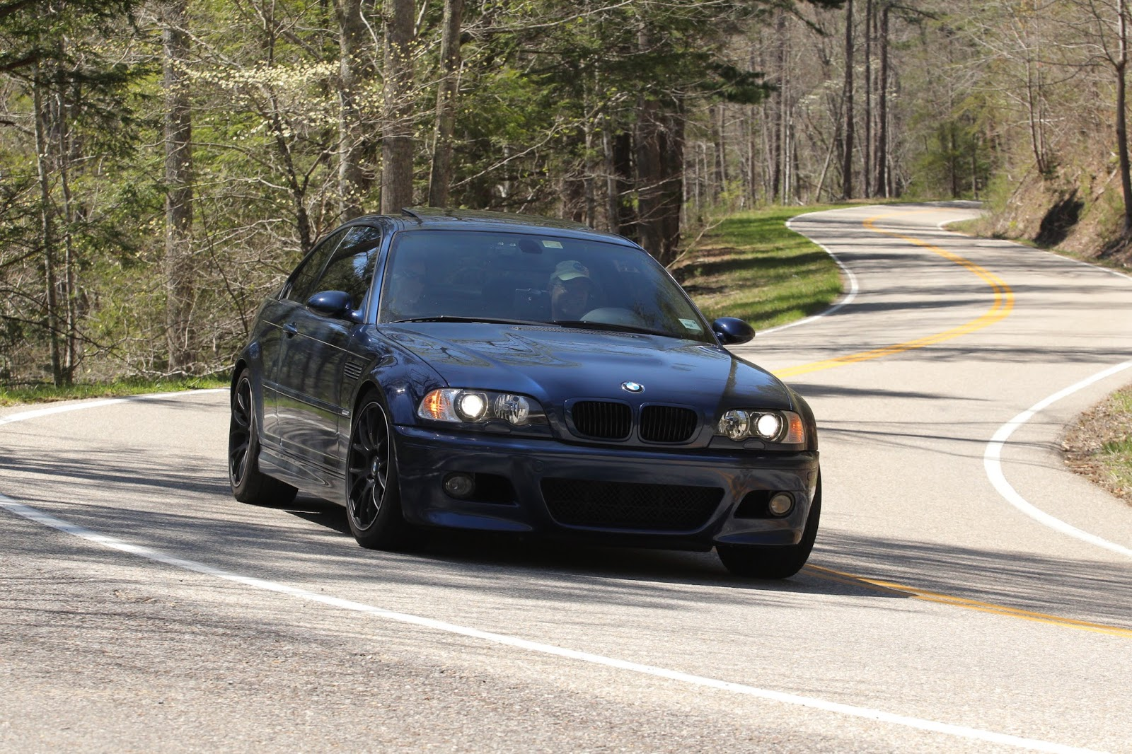 129 Slayer morrison's garage: m3 at the tail of the dragon