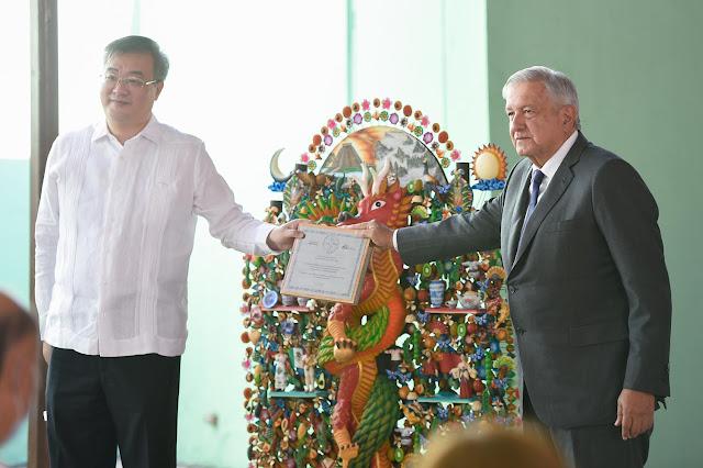 Presidente ofrece disculpas a la comunidad china en México por agravios históricos