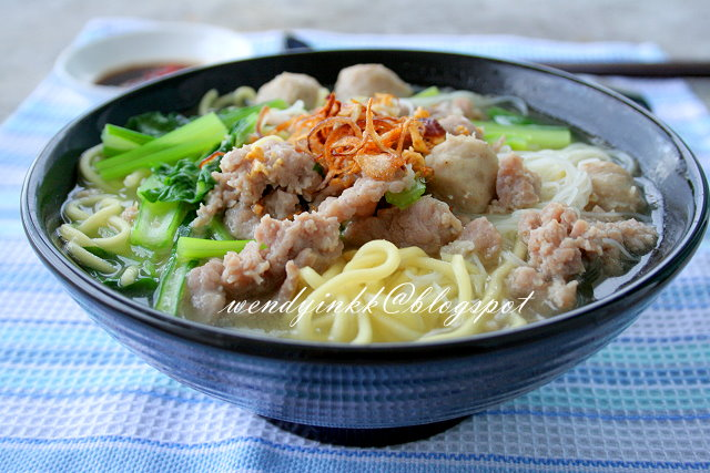 Chinese pork noodle recipes