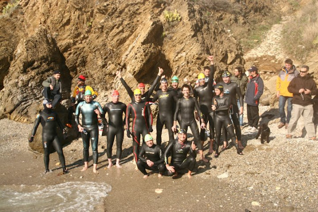 Participans, abans de la sortida de la Travessia S'Arenella - Port de la Selva