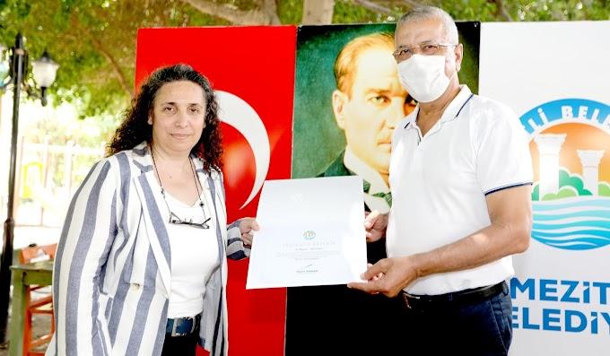Başkan Tarhan'dan gönüllü maske ordusuyla teşekkür buluşması