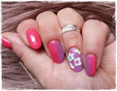 http://pazurkijoanny.blogspot.com/p/akrylowe-kwiatki.html