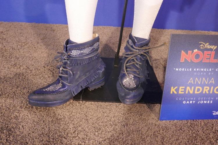 Anna Kendrick Noelle costume boots