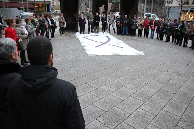 actos por el día contra la violencia hacias las mujeres