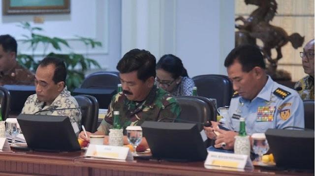 Daftar Menteri yang Ikut Ratas Bareng Menhub Budi Karya Sebelum Positif Corona