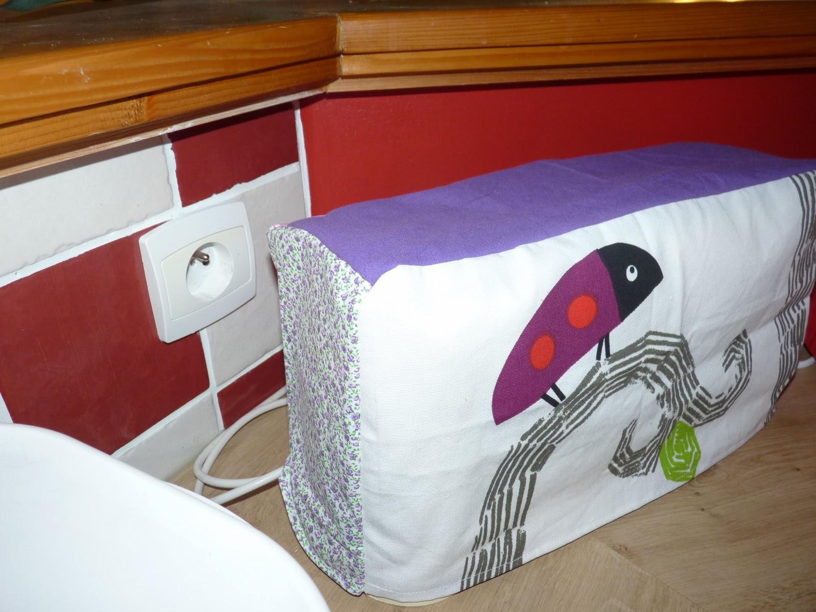 sophie mais 39 amours tuto de la housse de grille pain. Black Bedroom Furniture Sets. Home Design Ideas
