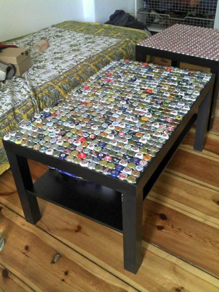 kronkorkentisch diy. Black Bedroom Furniture Sets. Home Design Ideas