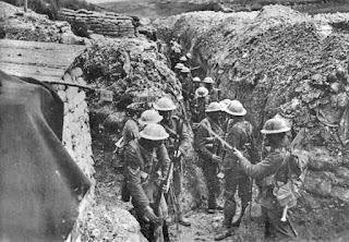 https://commons.wikimedia.org/wiki/File%3ALancashire_Fusiliers_trench_Beaumont_Hamel_1916.jpg