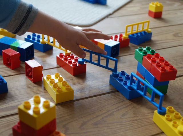 Familienurlaub im dänischen Ferienhaus: Erholsam, familienfreundlich und richtig schön! Ich nehme Euch mit in unseren Dänemark-Urlaub, den wir in einem tollen Ferienhaus von Schultz Ferienhäuser in Houstrup verbracht haben. Spielzeug LEGO.