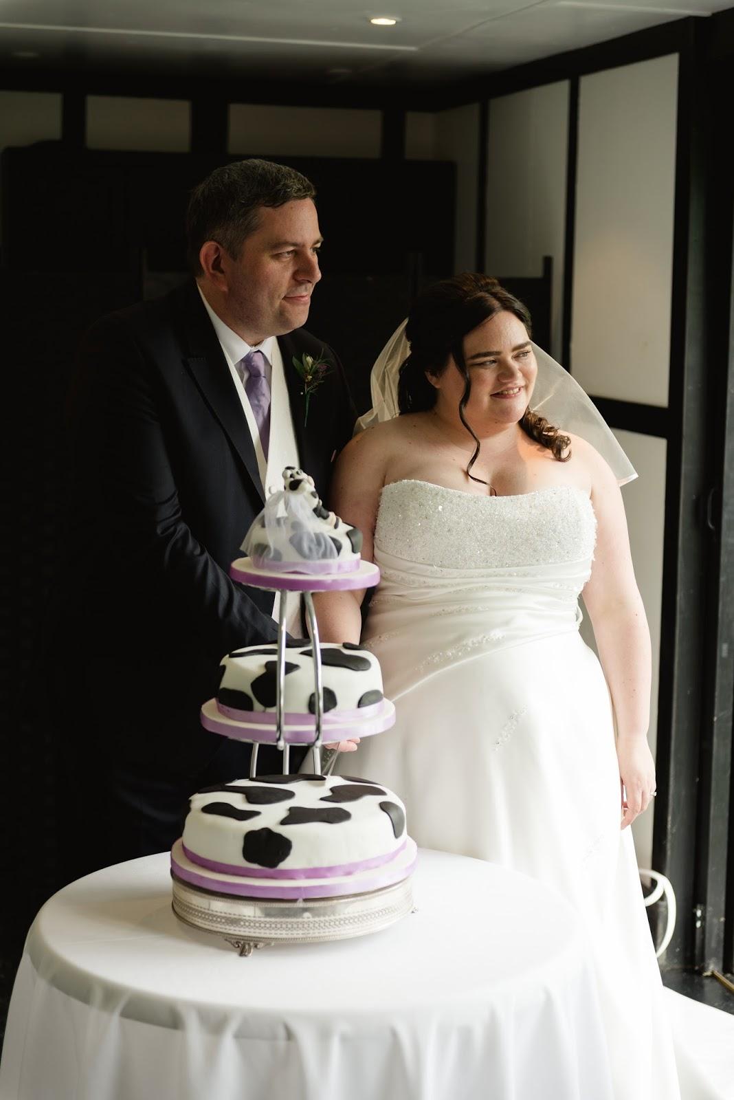 Make Your Own Wedding Cakes.Caroline Makes Making My Own Wedding Cake