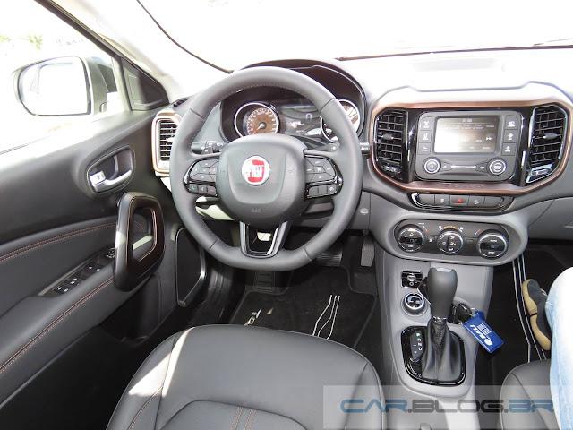 Fiat Toro 2.0 Turbo Diesel 4x4 Automática - Volcano - interior