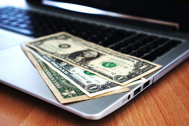 احصل على دخل إضافي: 4 وظائف جيدة في المنزل