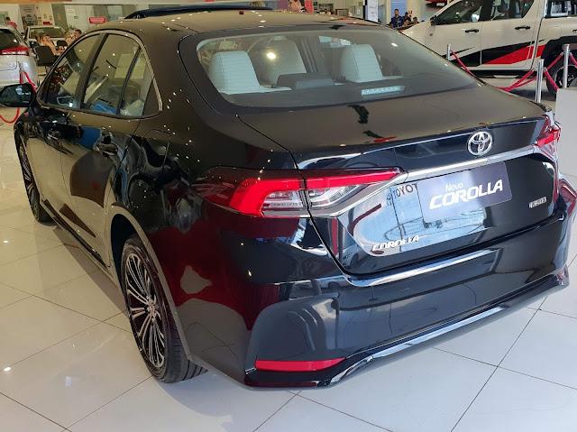 Toyota Corolla 2020 Altis 2.0 Flex: vídeo, preço e detalhes