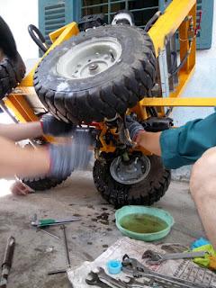 máy đào rãnh mini, máy đào rãnh chôn ống nước, máy đào rãnh mía, máy đào rãnh cà phê, máy đào rãnh thoát nước, máy đào rãnh dạng xích, máy đào rãnh ép xanh, máy đào rãnh đức, máy đào rãnh cầm tay, máy đào rãnh sâu, máy đào rãnh, máy đào rãnh đất cầm tay, máy đào rãnh đất, máy xẻ rãnh