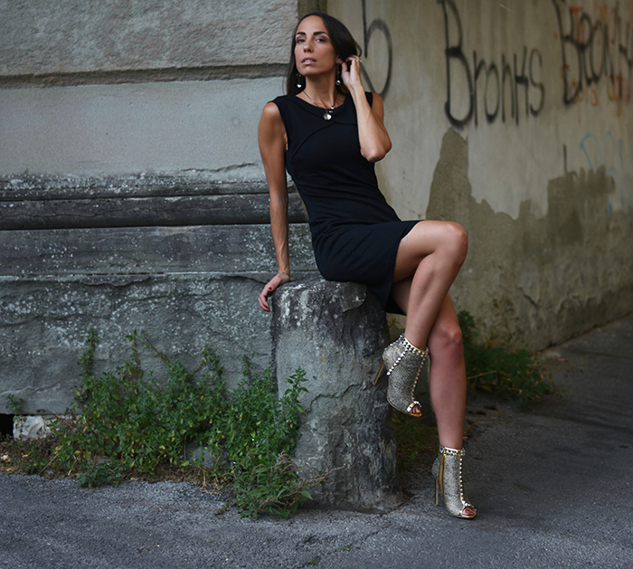 come abbinare accessori a little black dress
