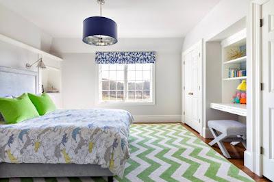 ห้องนอนสีม่วง