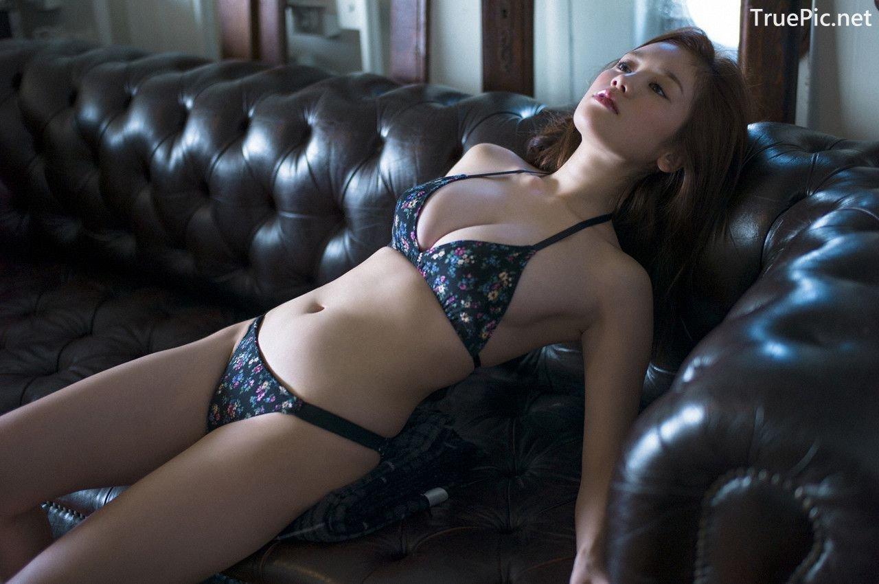 Image-Japanese-Gravure-Idol-Miwako-Kakei-Sexy-Japanese-Angel-With-Hot-Body-TruePic.net- Picture-9