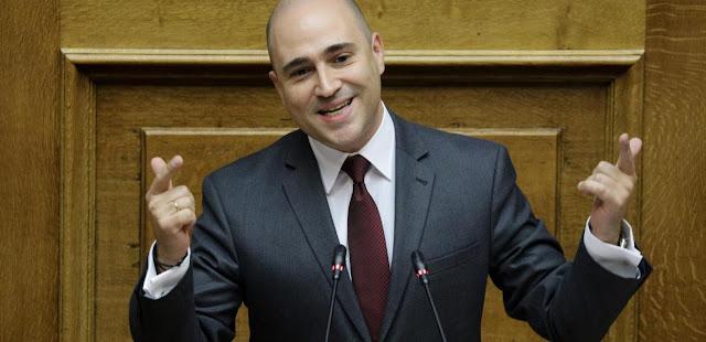 Η «Αυγή» κινείται νομικά κατά του Κωνσταντίνου Μπογδάνου