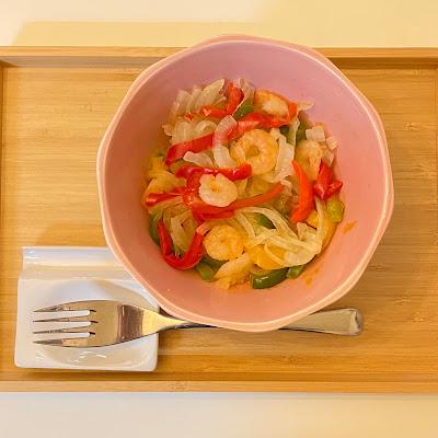 温野菜サラダ,業務スーパー,冷凍野菜,パプリカ,サラダえび