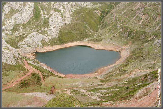 Lago de la Cueva, Ruta Lagos de Saliencia