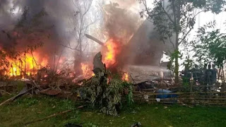 At least 17 people feared dead after C-130 military plane crashes in southern Philippines