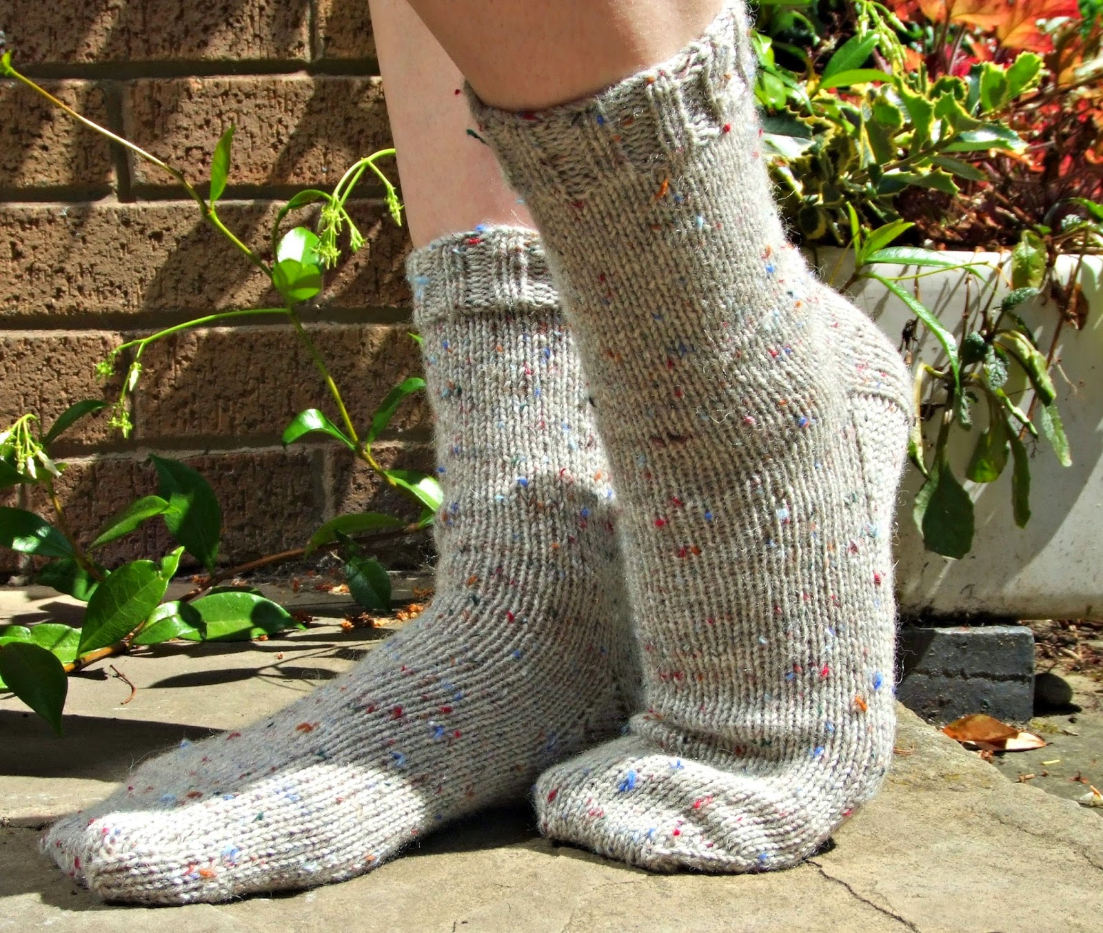 Winwick Mum: Basic 6ply boot socks - free pattern and tutorial