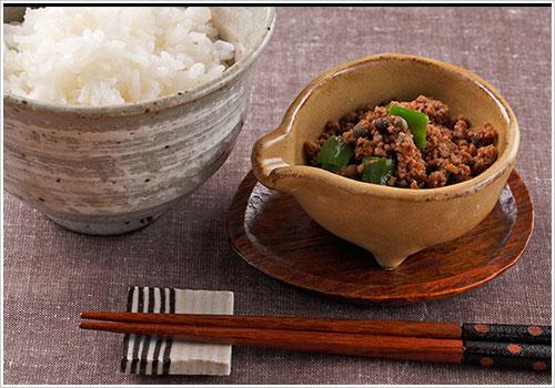 たっぷり生姜と山椒の肉そぼろ
