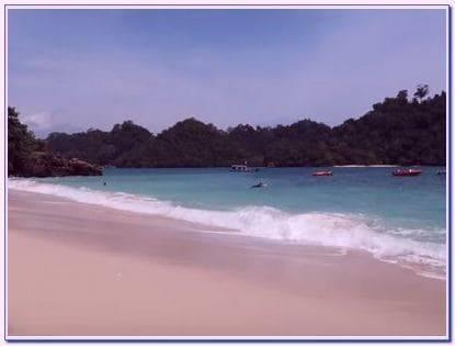 Jalur dan rute  wisata pantai 3 warna di Malang