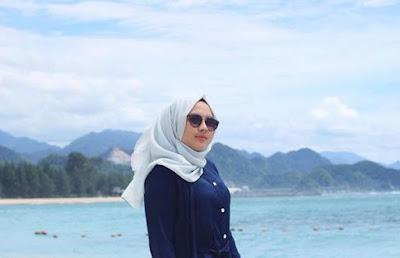 Gadis Cantik Aceh Una Maulina